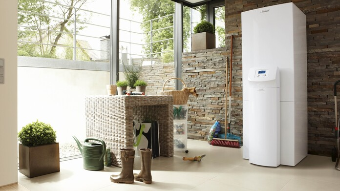 //www.vaillant.ru/media-master/global-media/vaillant/product-pictures/scene/hp09-3576-02-39717-format-16-9@696@desktop.jpg