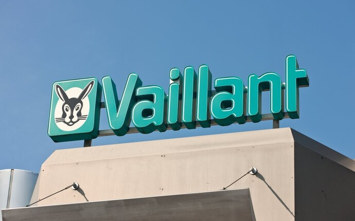 //www.vaillant.ru/media-master/global-media/vaillant/promotion/exterior/exterior12-4351-01-45923-format-flex-height@690@desktop.jpg